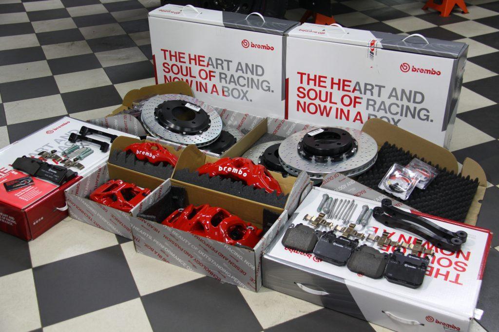 Полный комплект Brembo GT нового поколения